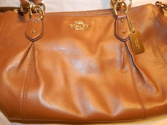Coach Leather Shoulder Crossbody Carryall Satchel in Saddle Brown/Gold