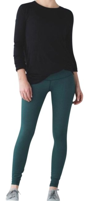 Preload https://img-static.tradesy.com/item/23417794/lululemon-deep-green-wunder-under-pant-iii-activewear-leggings-size-6-s-0-1-650-650.jpg