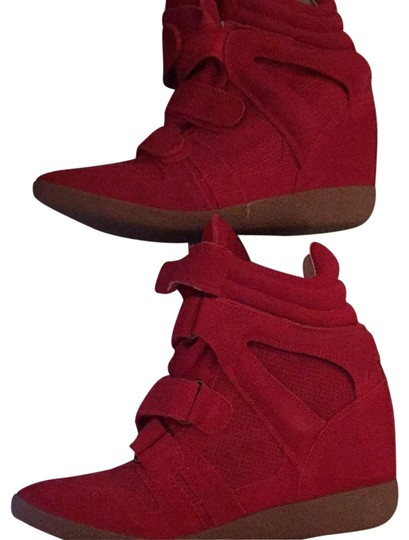 Preload https://img-static.tradesy.com/item/23417895/steve-madden-red-hilight-sneakers-size-us-8-regular-m-b-0-1-540-540.jpg