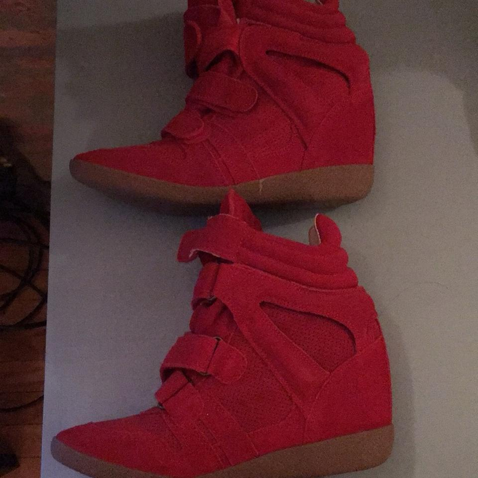 4ab3320e60f Steve Madden Red Hilight Sneakers Size US 8 Regular (M