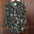 Anthropologie Black Maeve Pintuck Wild Bird Blouse Button-down Top Size 2 (XS) Anthropologie Black Maeve Pintuck Wild Bird Blouse Button-down Top Size 2 (XS) Image 3
