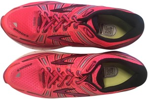 Brooks Running Distance Cushion Support Pink Athletic