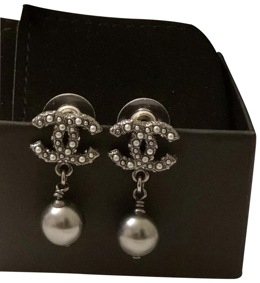 Chanel Jewelry Black Pearl Drop Cc Logo Earrings Image 0