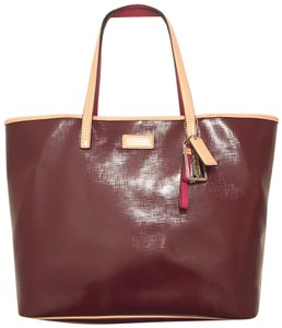 56b973b6872b2 Coach Park Metro F25028 Saffiano Red Beige Burgundy Patent Leather Tote