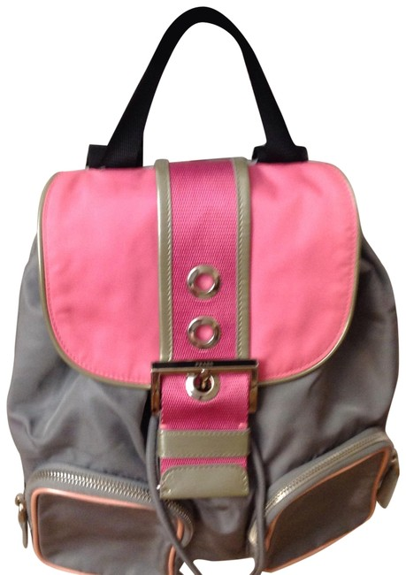 Item - Patten Leather Silver Engraved Hardware.o Gray / Pink Canvas Backpack