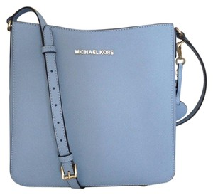 590d9699393aa Michael Kors Jet Set Travel Messenger Satchel in blue