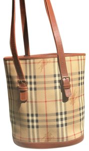Burberry Tote in Burberry