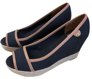 b1cb11ca54b061 Tory Burch Summer Espadrilles Canvas black  tan Wedges