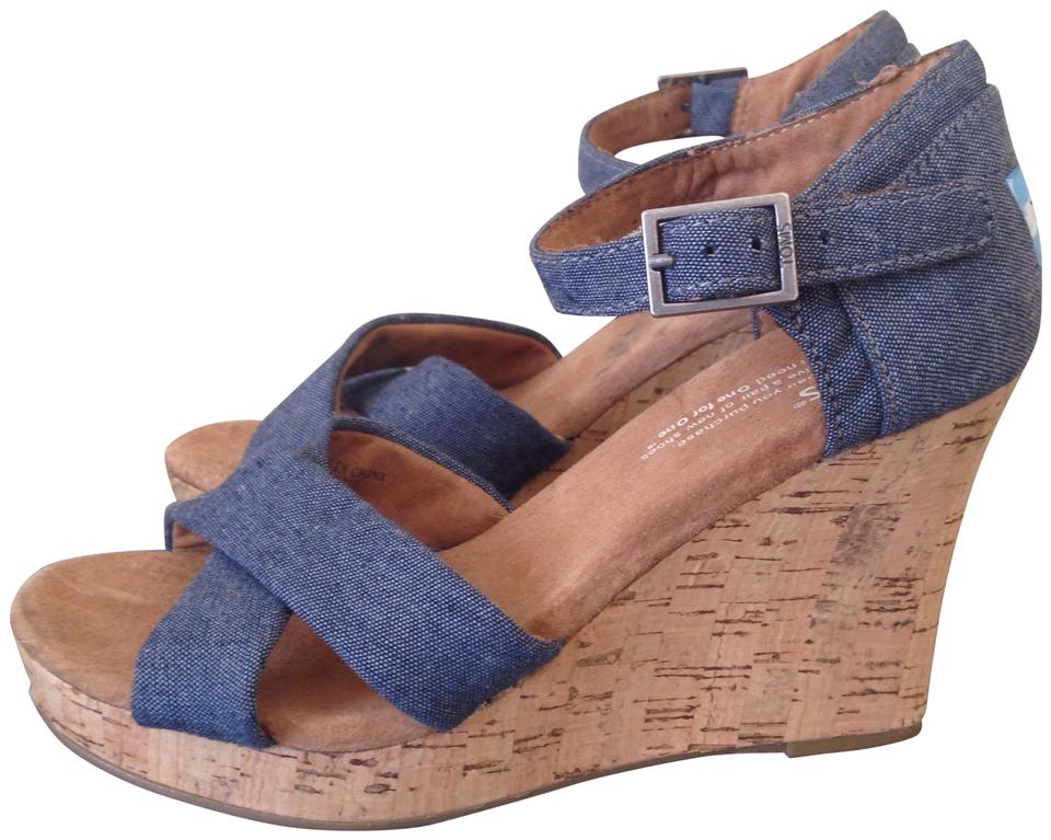 8595b595bdf TOMS Blue Black Denim Women s Sienna Wedges Size US 6.5 Regular (M ...