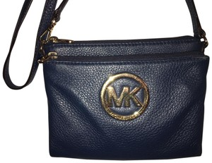 Michael Kors Leather Fashionable Every Day Wear Cross Body Bag