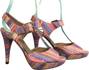 Vaneli Multicolored Pumps