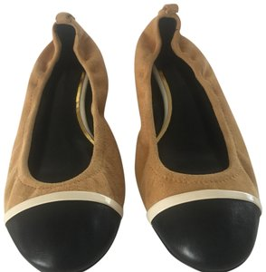 LANVIN NWT suede w/ leather tips ballerina shoes mustard and black Flats