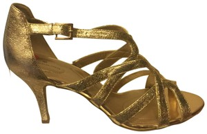 43c74b5aff5f Gold Bandolino Sandals - Up to 90% off at Tradesy