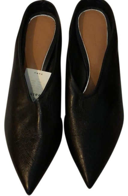 Item - Black Leather Pointed - New with Tag Mules/Slides Size EU 40 (Approx. US 10) Regular (M, B)