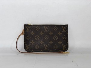 Louis Vuitton Lv Neverfull Neverfull Pouch Pouch Wristlet in Brown