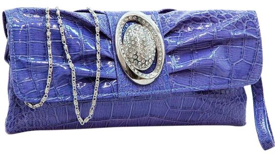 Preload https://img-static.tradesy.com/item/23428373/pleated-front-purse-purple-faux-leather-clutch-0-2-540-540.jpg