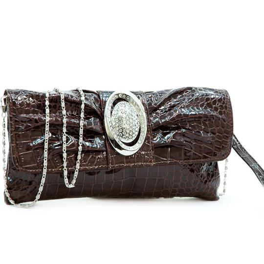 Preload https://img-static.tradesy.com/item/23428385/pleated-front-purse-coffee-faux-leather-clutch-0-0-540-540.jpg