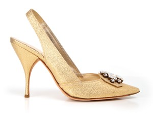 Miu Miu Slingback Jeweled gold Pumps