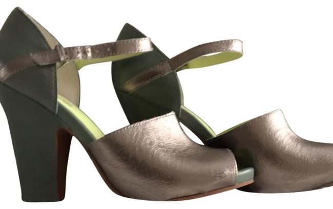 Item - Pewter/ Seafoam Mary Janes Pumps Size US 7 Regular (M, B)
