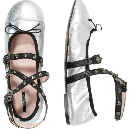 Preload https://img-static.tradesy.com/item/23428894/topshop-silver-limited-edition-primrose-ballet-pumps-flats-size-us-85-regular-m-b-0-2-540-540.jpg