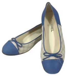 Chanel white blue Flats