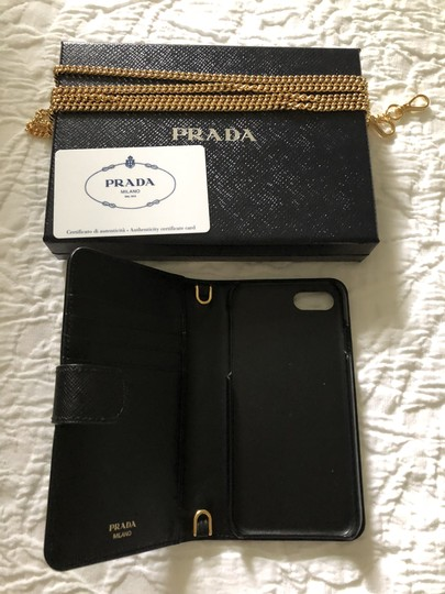 Prada IPhone 8 case saffiano with removable gold chain Image 3