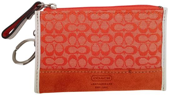 Preload https://img-static.tradesy.com/item/23429769/coach-tangerinesignature-vintage-key-card-wallet-0-1-540-540.jpg