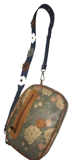 Item - Vintage Pierre Multicolor Leather Cross Body Bag