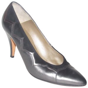 """Bally Mint Vintage Made In Italy 3"""" Kitren Heels Metallic Inlaid Design pewter leather and black suede Pumps"""