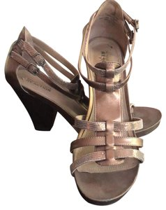 Kenneth Cole Gold Sandals
