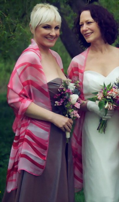 Item - Set Of 2 Pastel Pink Ruby Red Silk Satin February Love July 4th Theme Couture Stole Shawl Feminine Bridesmaid/Mob Dress Size OS (one size)