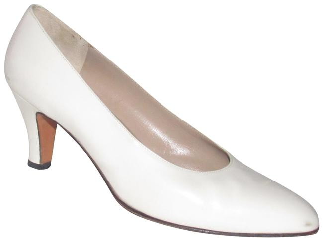 Item - Glossy White Leather Vintage Shoes/Designer Pumps Size US 8 Wide (C, D)