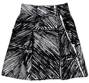 MILLY Black Pleated Flared Skirt white