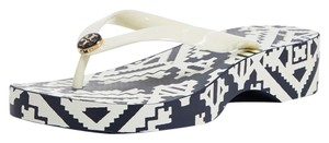 Tory Burch Flip Flops ivory navy blue Wedges