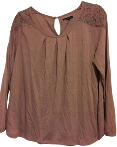 American Eagle Outfitters Lace Flowy Top Blush Pink