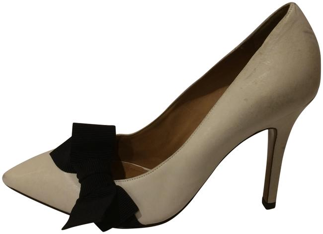Item - Ivory New Bow Embellished Pointy Toe Leather Pumps Size EU 39 (Approx. US 9) Regular (M, B)
