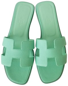 Hermès Malachite Green Flats