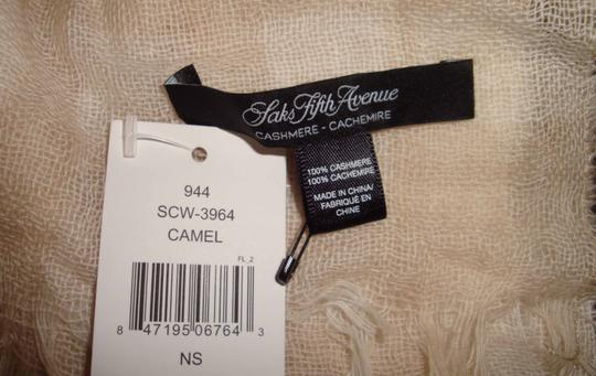 Saks Fifth Avenue new light weight cashmere Image 1
