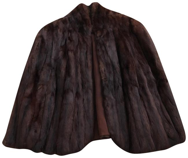Preload https://img-static.tradesy.com/item/23435140/brown-rabbit-fur-ponchocape-size-os-one-size-0-1-650-650.jpg