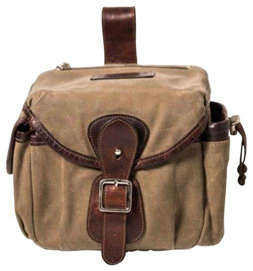 Preload https://img-static.tradesy.com/item/23435391/explorer-lens-pouch-waxed-lens-olive-canvas-and-trimmed-leather-cross-body-bag-0-1-540-540.jpg