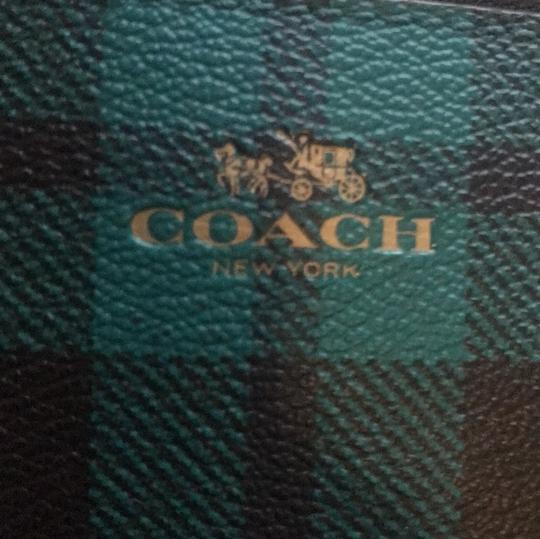 Coach Wristlet in Green and Black Image 5