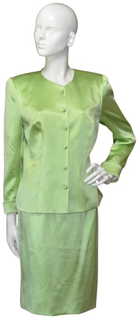Preload https://img-static.tradesy.com/item/23436028/green-haute-couture-skirt-suit-size-6-s-0-1-650-650.jpg
