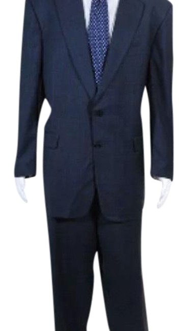 Preload https://img-static.tradesy.com/item/23436212/burberry-men-s-pant-suit-size-os-one-size-0-5-650-650.jpg
