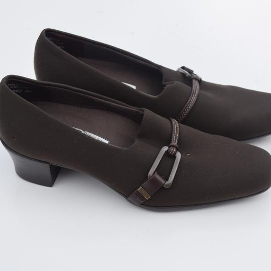 Munro American brown Pumps Image 11