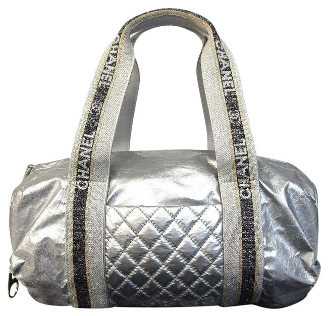 Item - Duffle Sports Small Silver Canvas Satchel