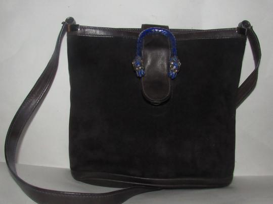 Gucci 1960's Mod Style Early Blue Enamel/Gold Engraved Tiger Heads Excellent Vintage Satchel in brown suede and leather Image 6