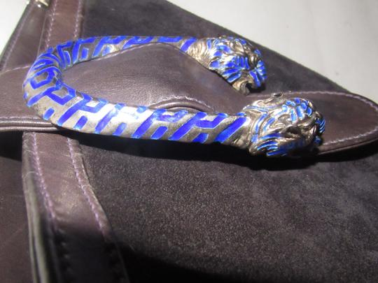 Gucci 1960's Mod Style Early Blue Enamel/Gold Engraved Tiger Heads Excellent Vintage Satchel in brown suede and leather Image 7
