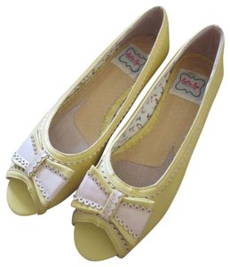 Bettie Page yellow Flats