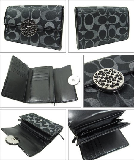 Coach ~Like New~Sold out COACH Alexandra Signature 3 Color Med Wallet Image 2
