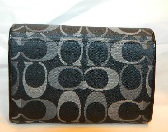 Coach ~Like New~Sold out COACH Alexandra Signature 3 Color Med Wallet Image 3